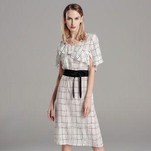 Dresses & Skirts - White and black women's strap tight up dress